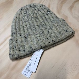 TOPSHOP Cream/Black Speckled Chunky Cable Beanie